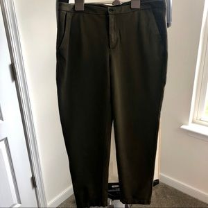 Lululemon City Trek Trouser, Fatigue Green